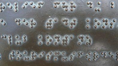 Poznejte svět nevidomých díky výstavě v brněnském Technickém muzeu