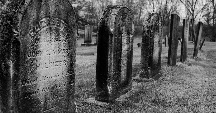 Na Ústředním hřbitově během Dušiček jezdil minibus