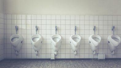 Veřejné toalety prodloužily svůj provoz